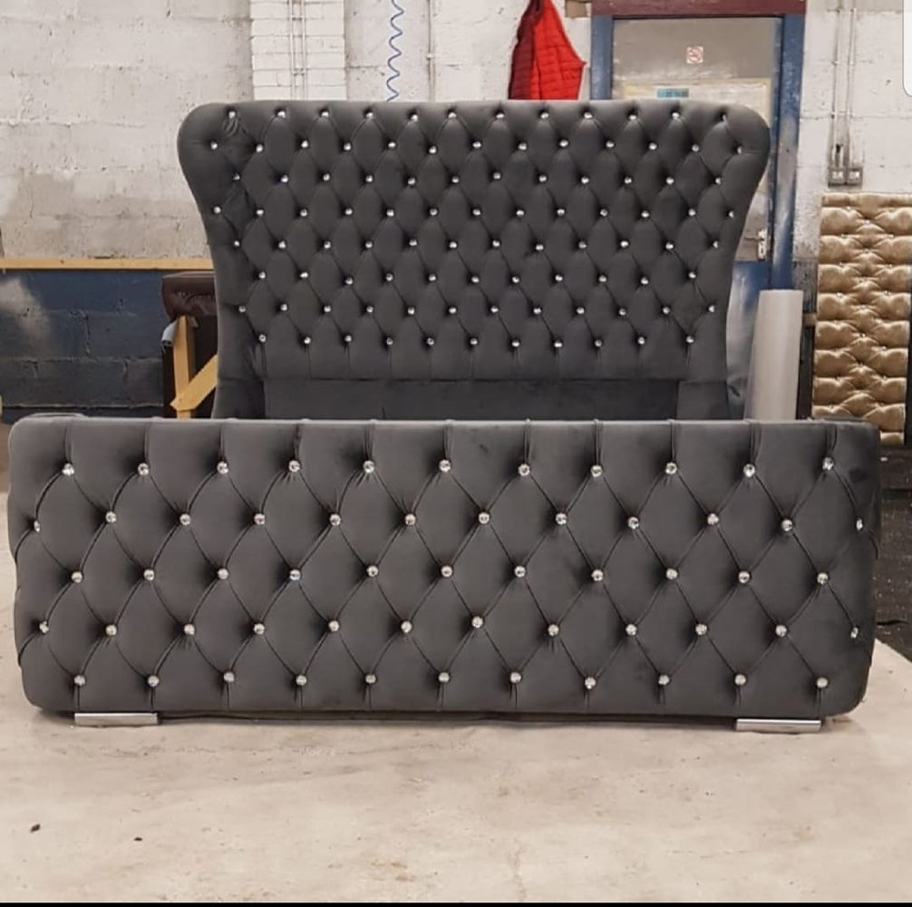 Cambridge Curved Wingback  crushed velvet bed