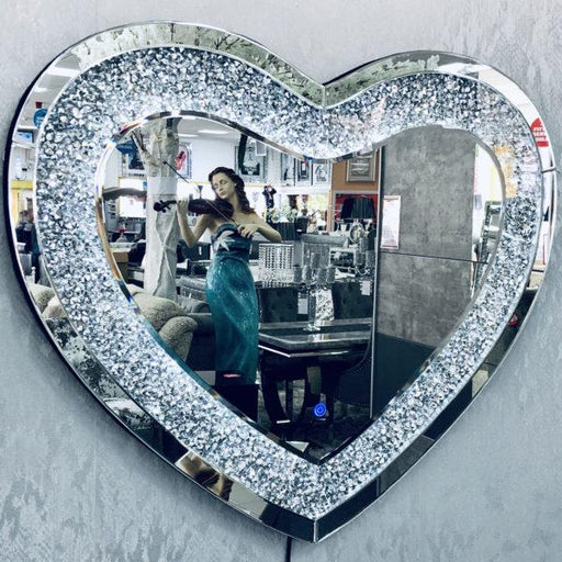 Crushed Diamond LED Heart Wall Mirror