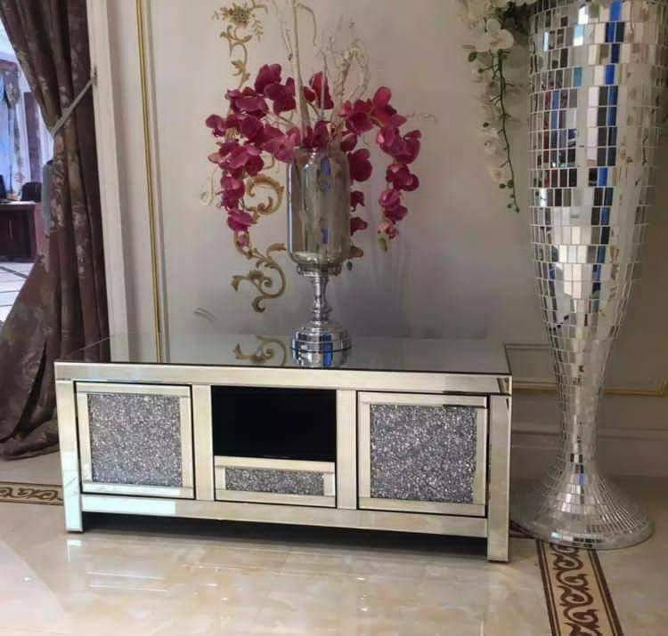 Crushed Diamond TV Unit