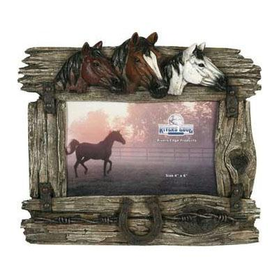 Rivers Edge 3 Horse W-Barbed Wire Picture Frame 1100