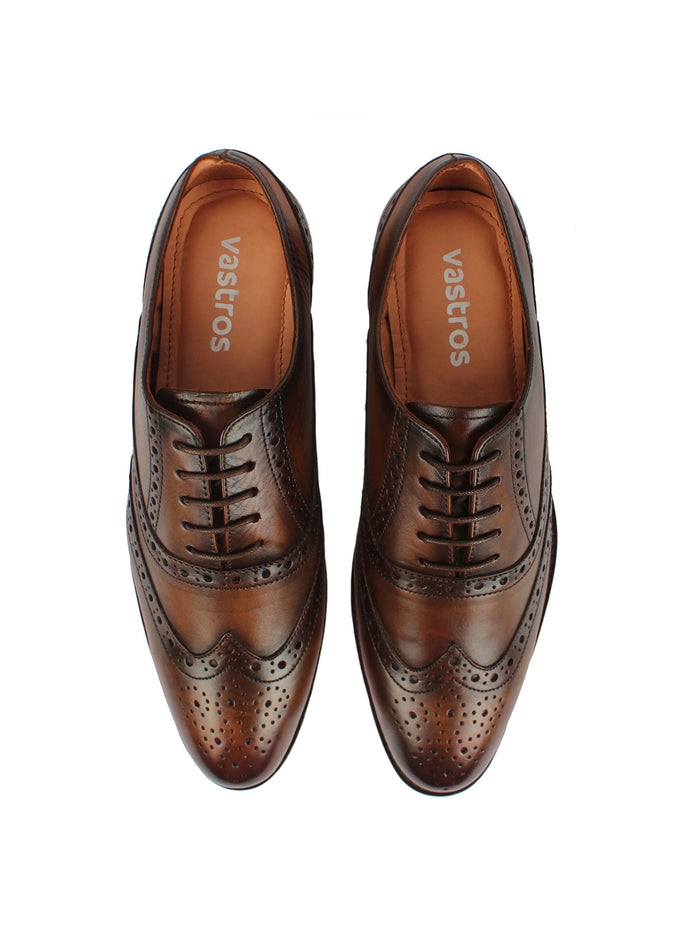Wingtip Oxford in Brown