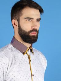 gold horizon shirt model collar image