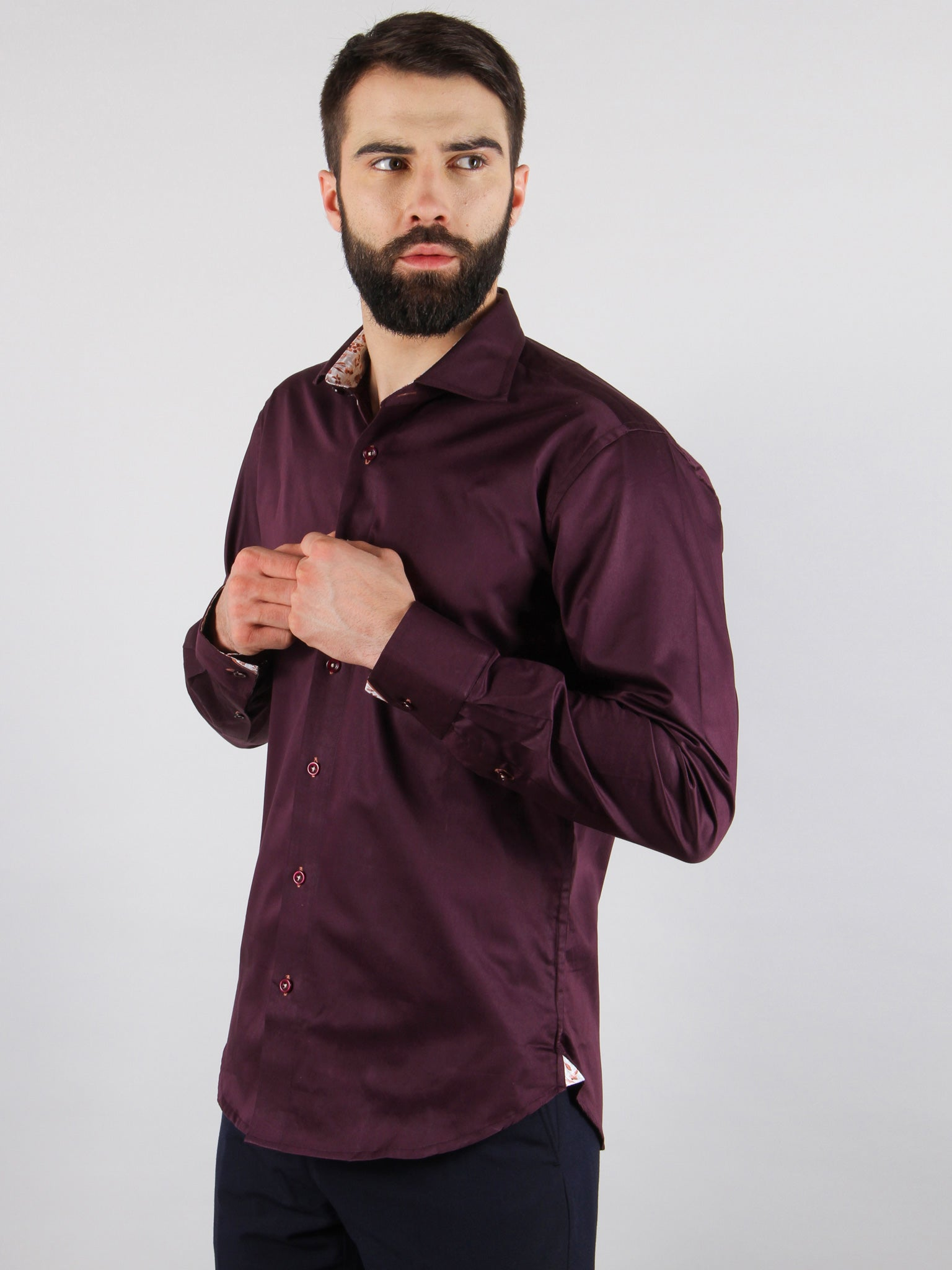 grape vine shirt model image