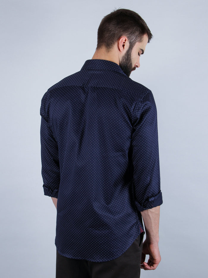 suave evening shirt model back image