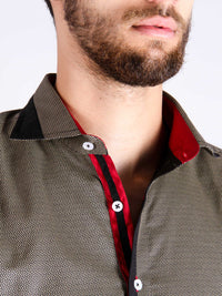 stone grill shirt model collar image