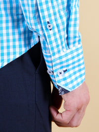 ocean current shirt model cuff image