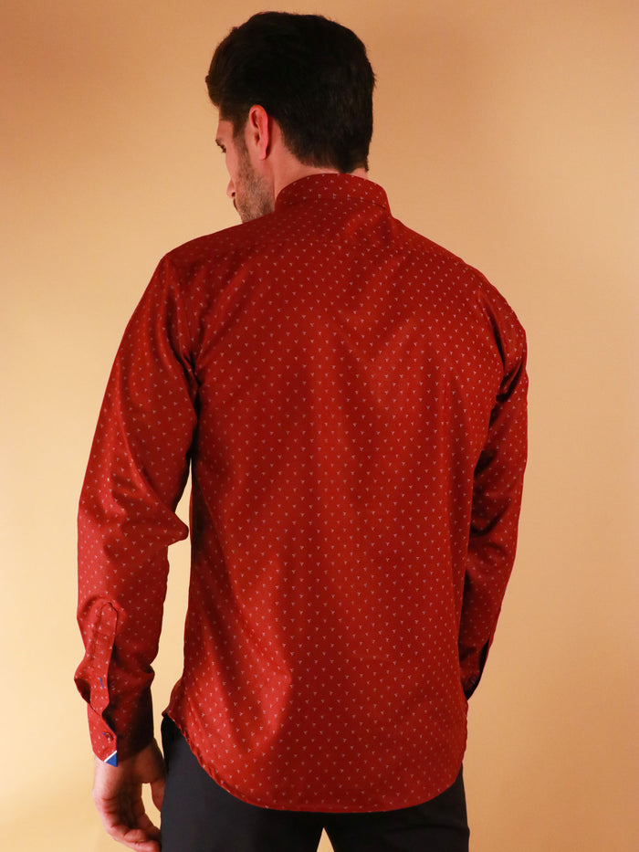 crimson star shirt model image from back