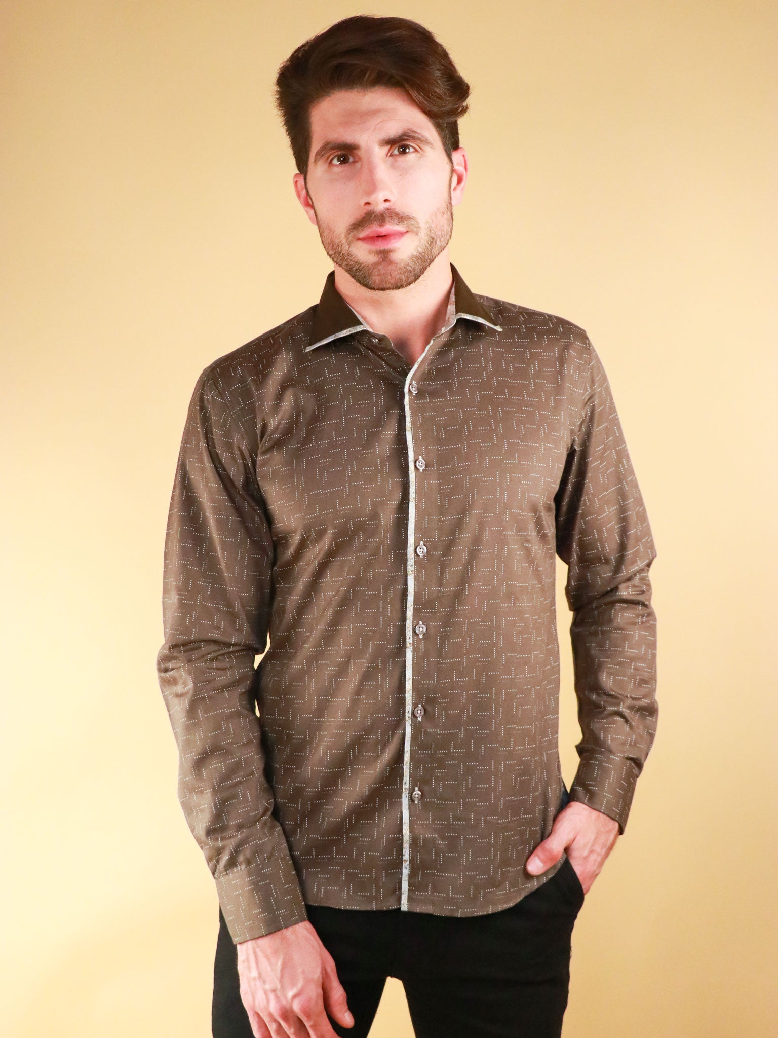weave loom shirt model image