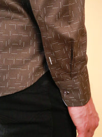 weave loom shirt image of cuff