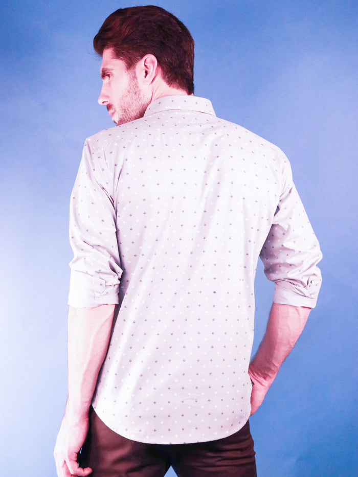 slate gem shirt model image from back