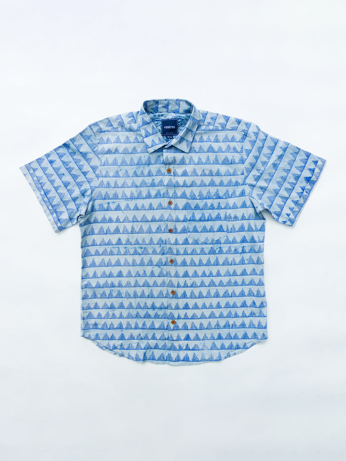 indigo triangles shirt image flat