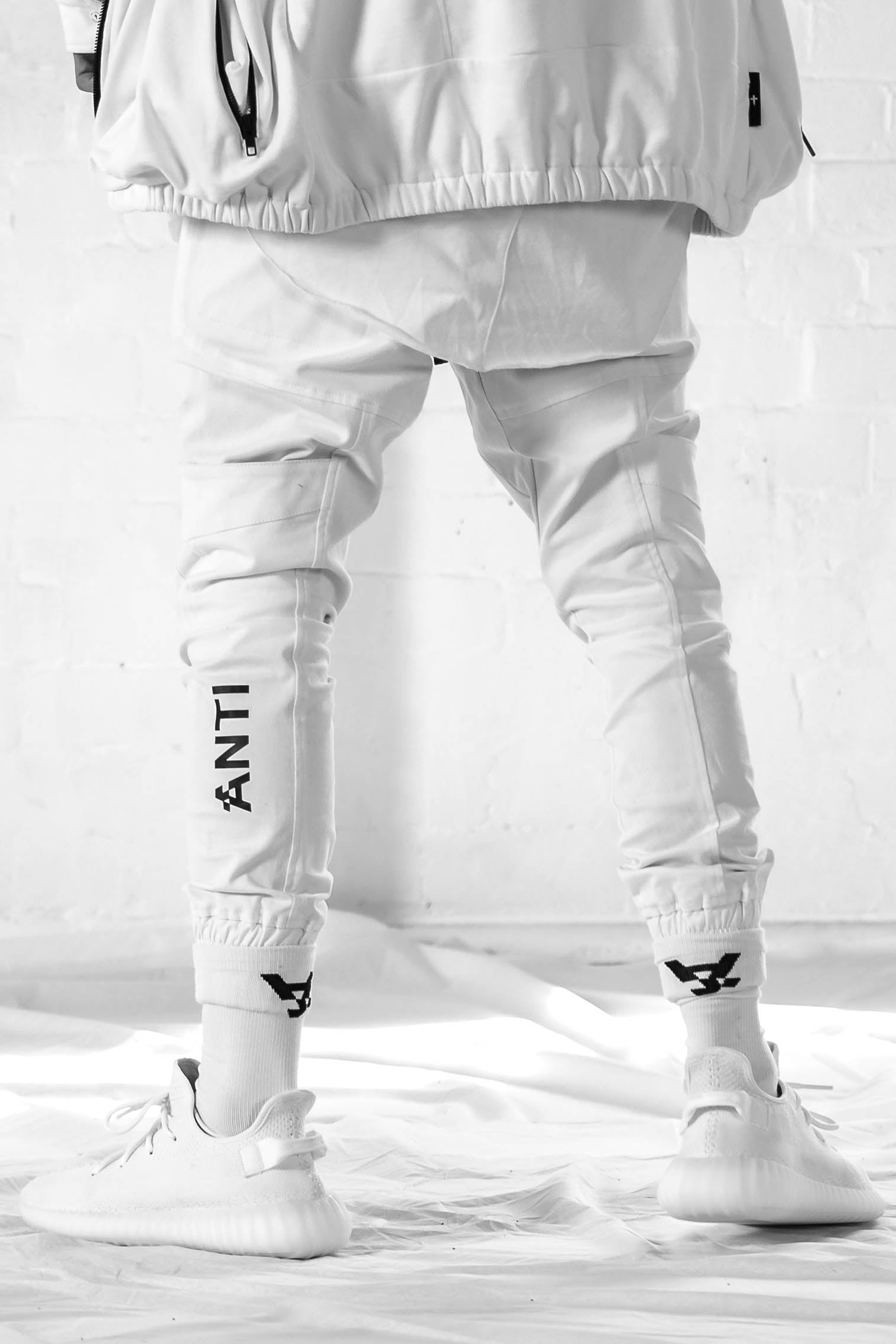 Anti Cargo Pant in White