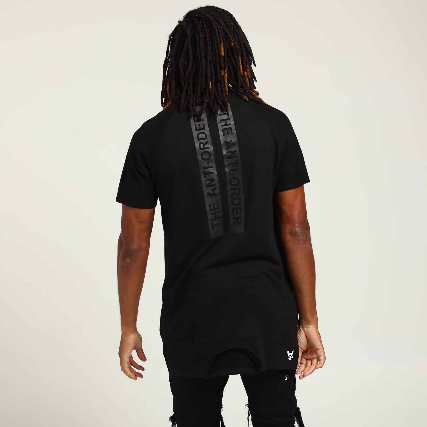TALES TALL TEE - Black
