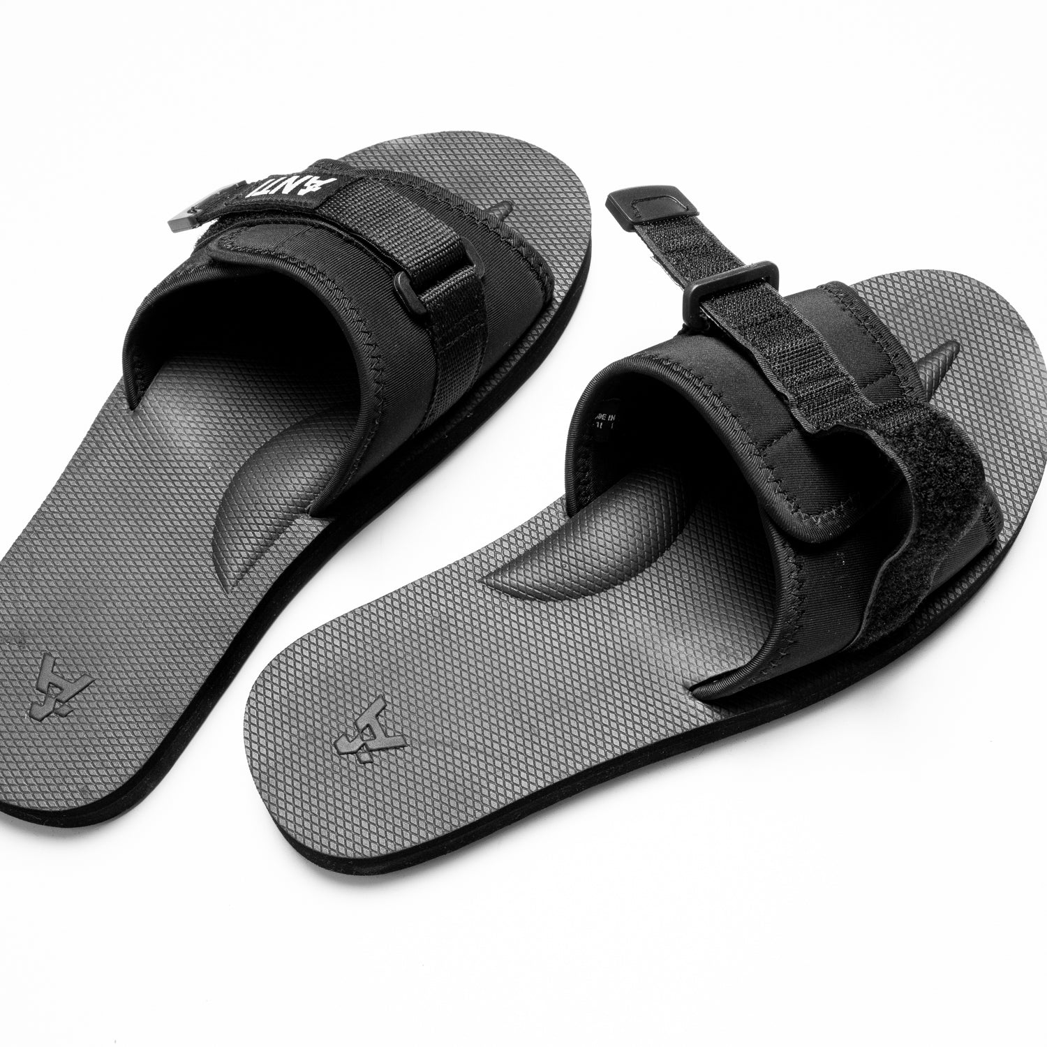 HALVES SLIDE - Black