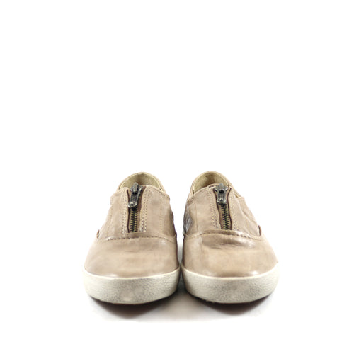Fawn Sneakers