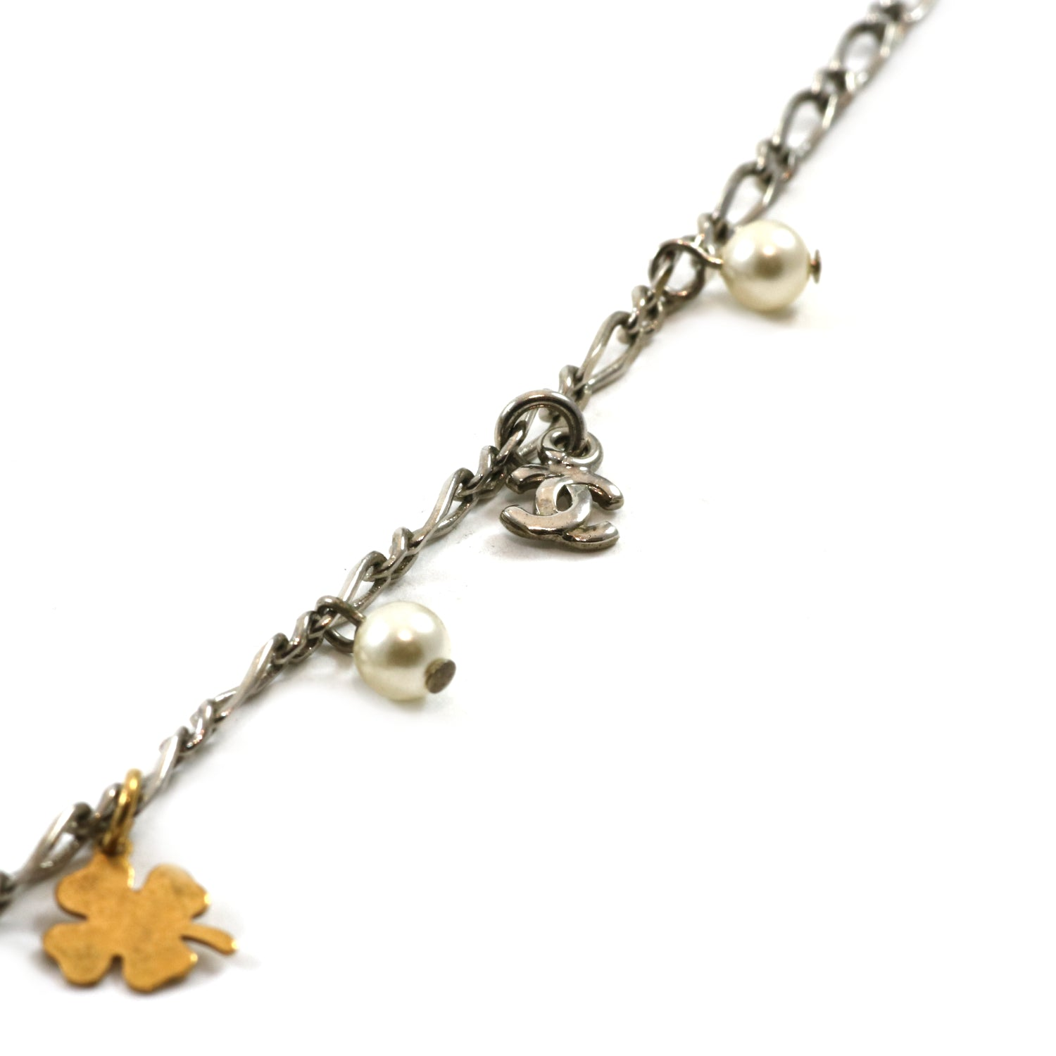 Faux Pearl Clover Station Necklace