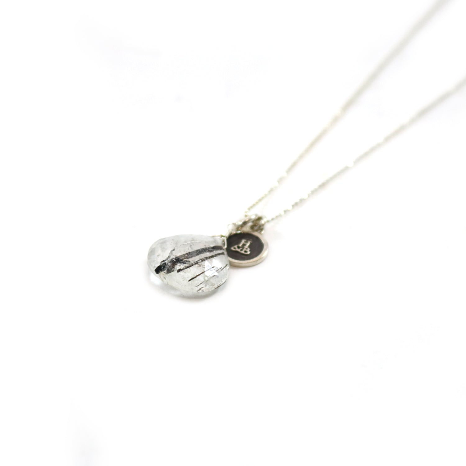 Needle Quarts Pendant Necklace