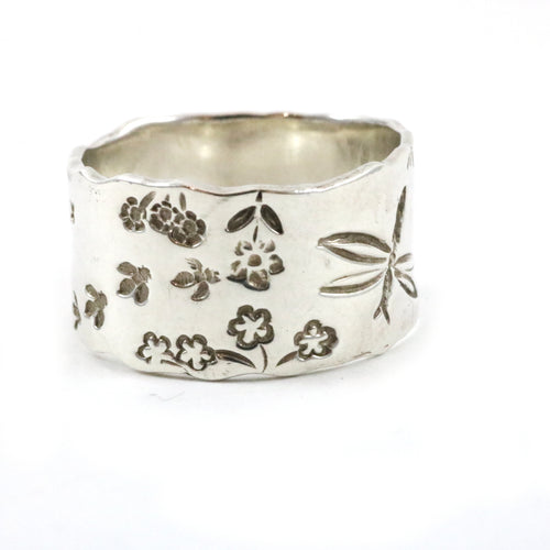 Summer Garden Theme Ring