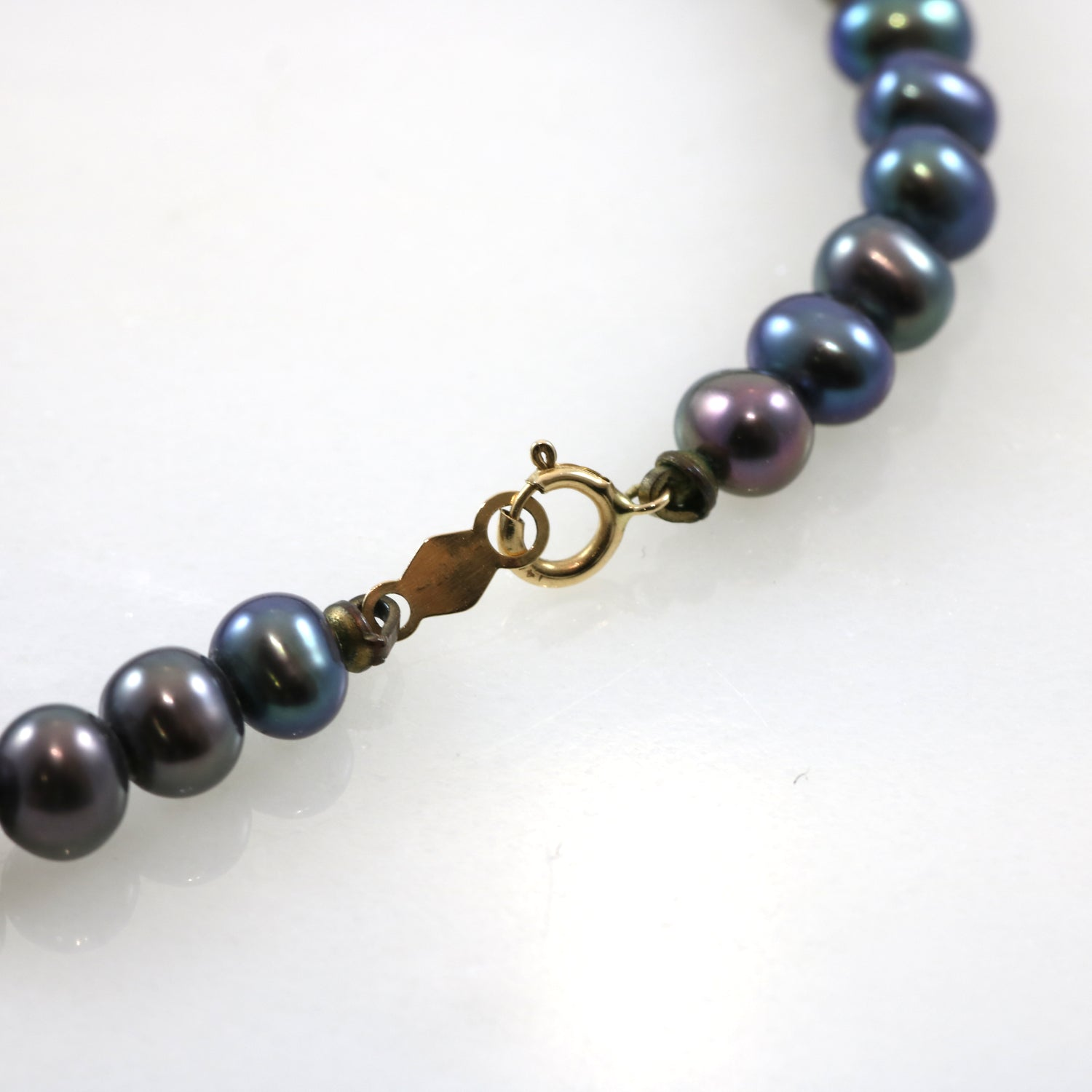 14k Gold Black Pearl Necklace & Bracelet Set