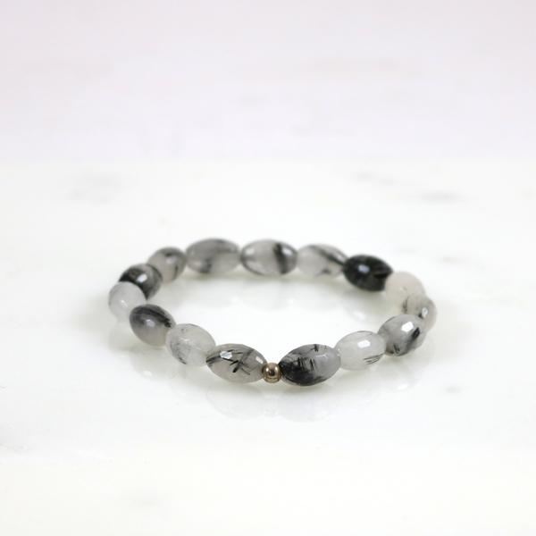 Needle Quartz Stretch Bracelet