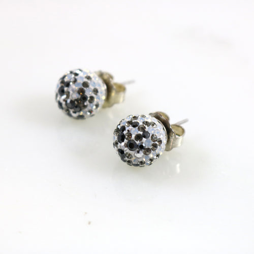 12mm White/Black Stud Earrings