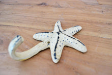 Starfish Hook | White