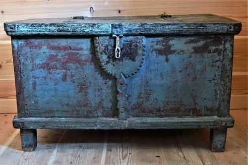 Blue Reclaimed Wooden Trunk - DemXx Online