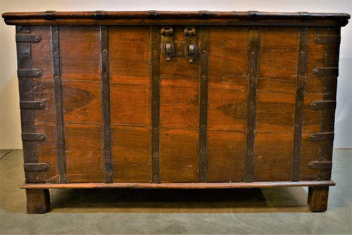 Authentic Wooden Trunk with Iron Accents - DemXx Online