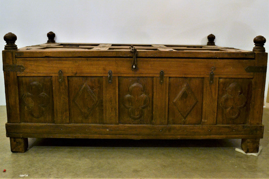 Authentic Carved Wooden Trunk - DemXx Online