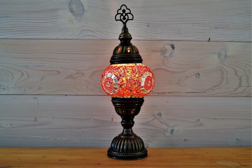 Crocus Table Lamp | Red Circle Small