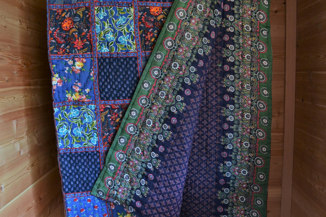Patchwork King-Size Quiklt | Blue with Paisley