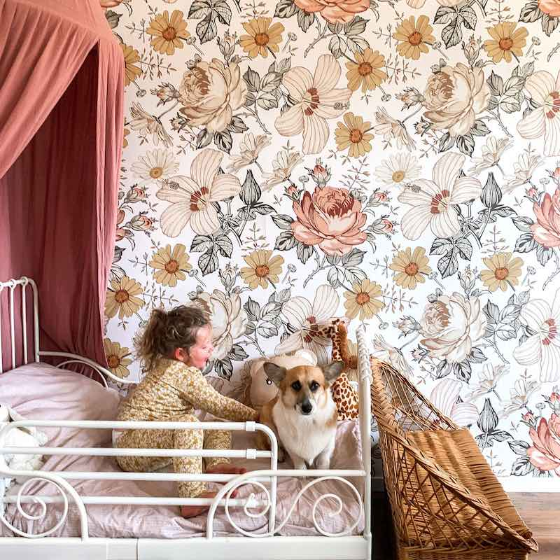 Dekornik Australian Summer Wallpaper on girls bedroom wall