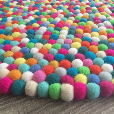 Winston & Grace Felt Ball Rug - Freckle Face