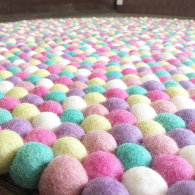 Winston & Grace Felt Ball Rug - Fruit Tingle