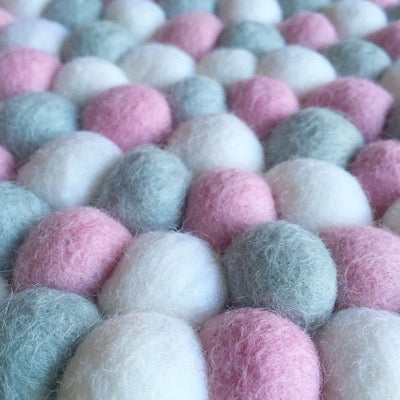 Winston & Grace Felt Ball Rug - Hello Marshmallow