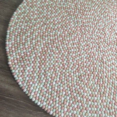 Winston & Grace Felt Ball Rug - Mother Of Pearl