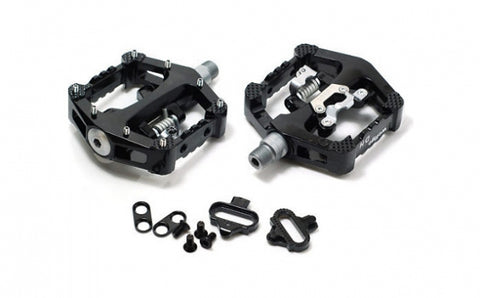 SCHWINN MAGNESIUM SPD CLIP PEDALS w/ CLEATS, TOE CLIPS, AND STRAPS