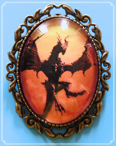 The Drogon brooch is part of my fantasy collection and named after the biggest of the dragons in Game of Thrones.