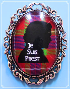 Je Suis Prest brooch inspired by Outlander.