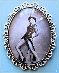Silver Screen Sirens - Sid brooch