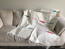 Handwoven Mexican Thunderbird Falsa Blanket in Neutral Off White Sand