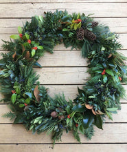 Load image into Gallery viewer, Southern Winter Holiday Wreaths