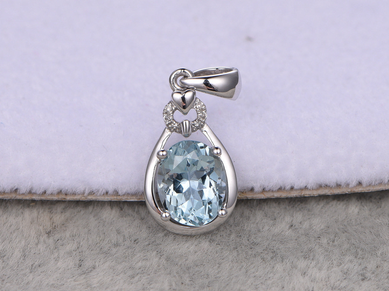 Natural Aquamarine Pendant!14k White gold,Diamond accent,1.35ctw 6X8mm Oval cut Blue Stone,Gemstone Pendant