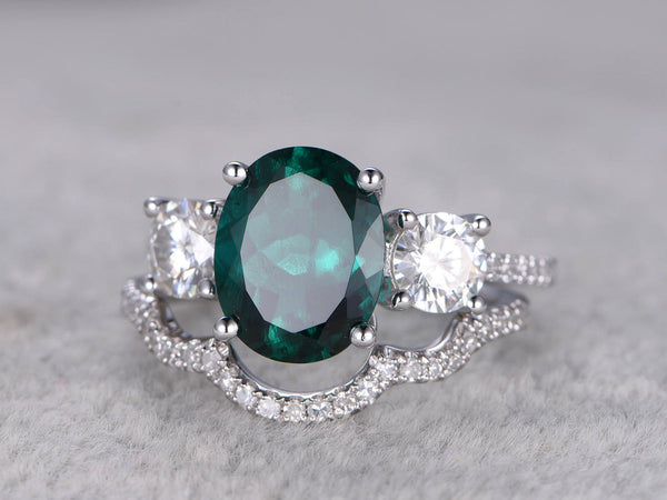 2pcs Emerald Engagement ring Set White gold,Diamond wedding band,8x10mm Oval Cut,5mm Round Moissanite Accent,Bridal Ring,3 Stones,Curve Band