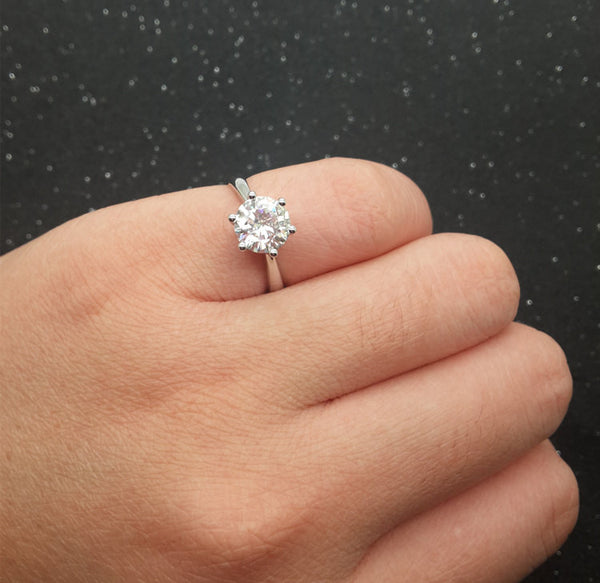 Brilliant Charles & Colvard Moissanite Engagement ring White gold,Solitaire,6-prongs(1 carat)