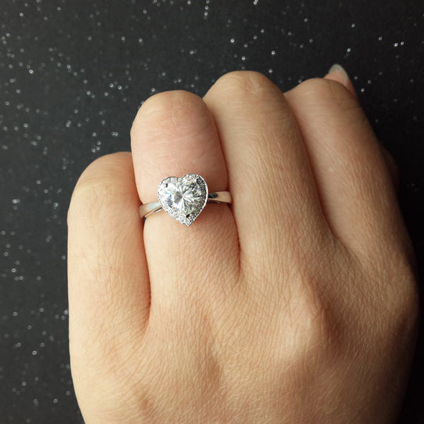 1ct Heart Shaped Brilliant Moissanite Engagement ring White gold,Diamond wedding band,14k,Gemstone Promise Ring,Charles & Colvard,Can be set