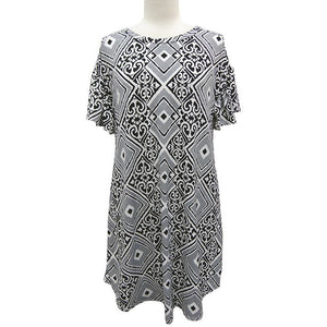 Black & White Geometric Print Short Sleeved Dress - Sooz Boutique