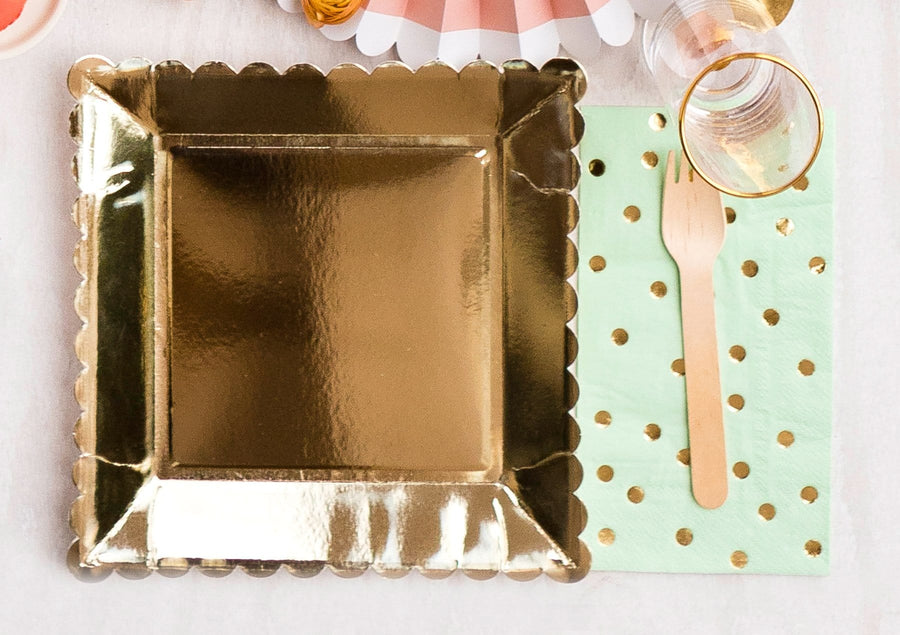 Gold Scalloped Square Plates - Large