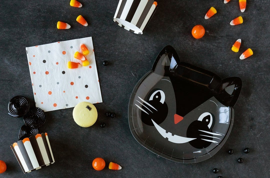 Retro Black Cat Plate