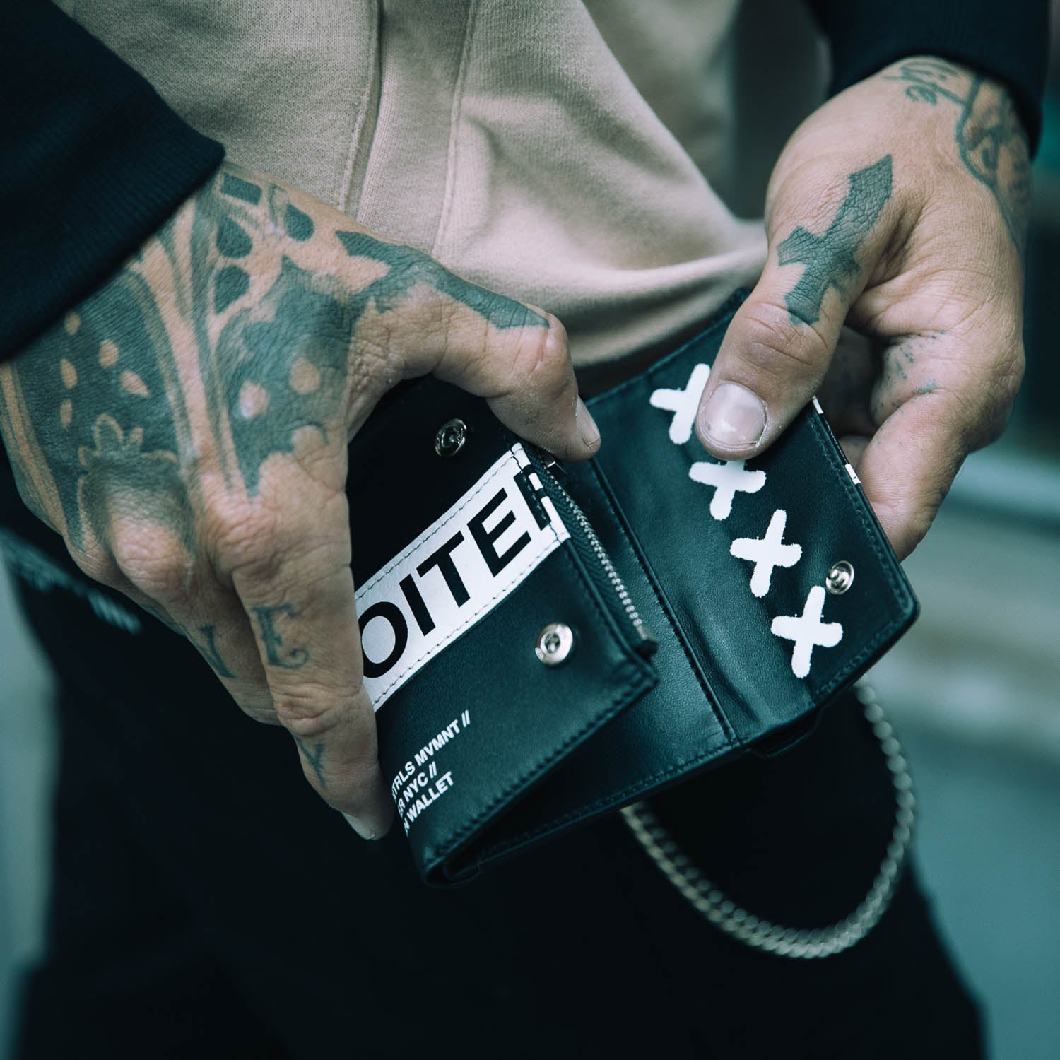 LOITER CHAIN WALLET - Black